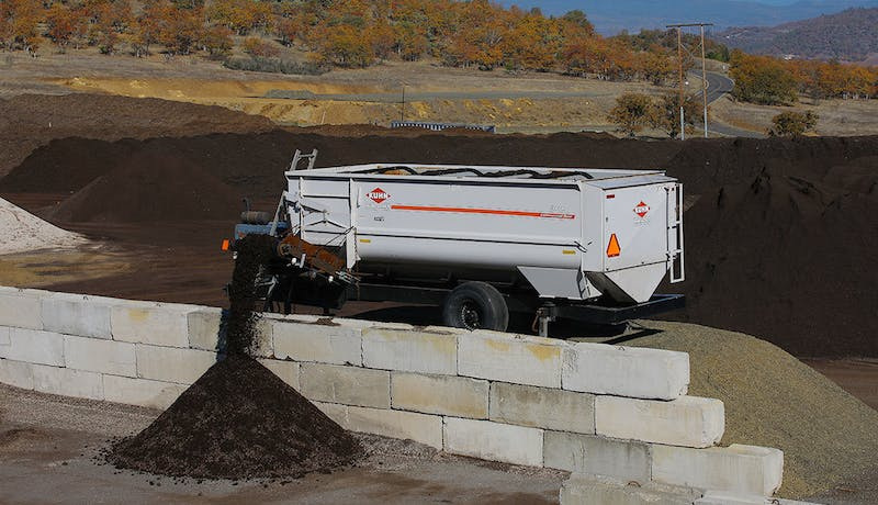Photo Making Compost Process Detail Step5 1100X633