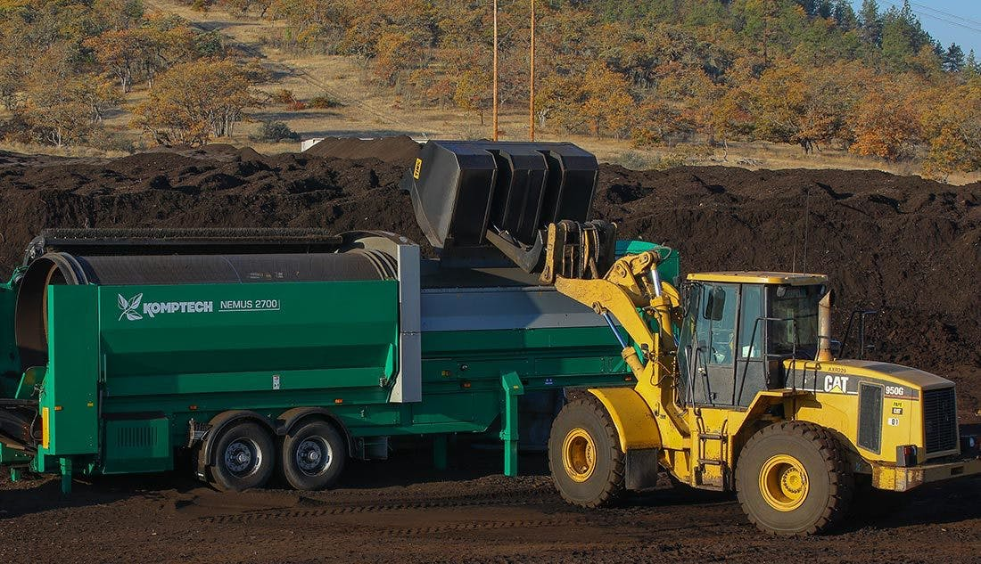 Photo Products Making Compost 1100X633