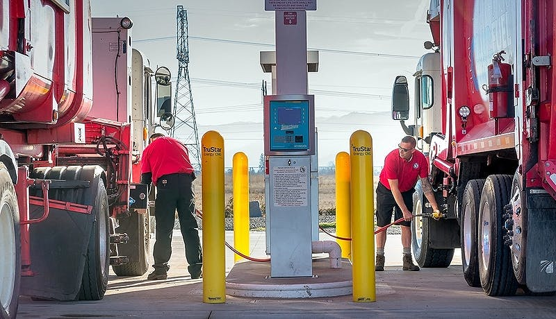 Photo boldvision 2col fueling station story